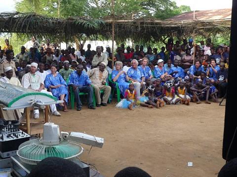 Tijdens de ceremonie in het zuiden van Sierra Leone