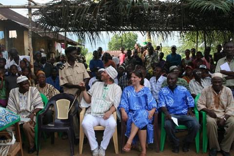 Tijdens de ceremonie waren alle chiefs uit omliggende gebieden aanwezig